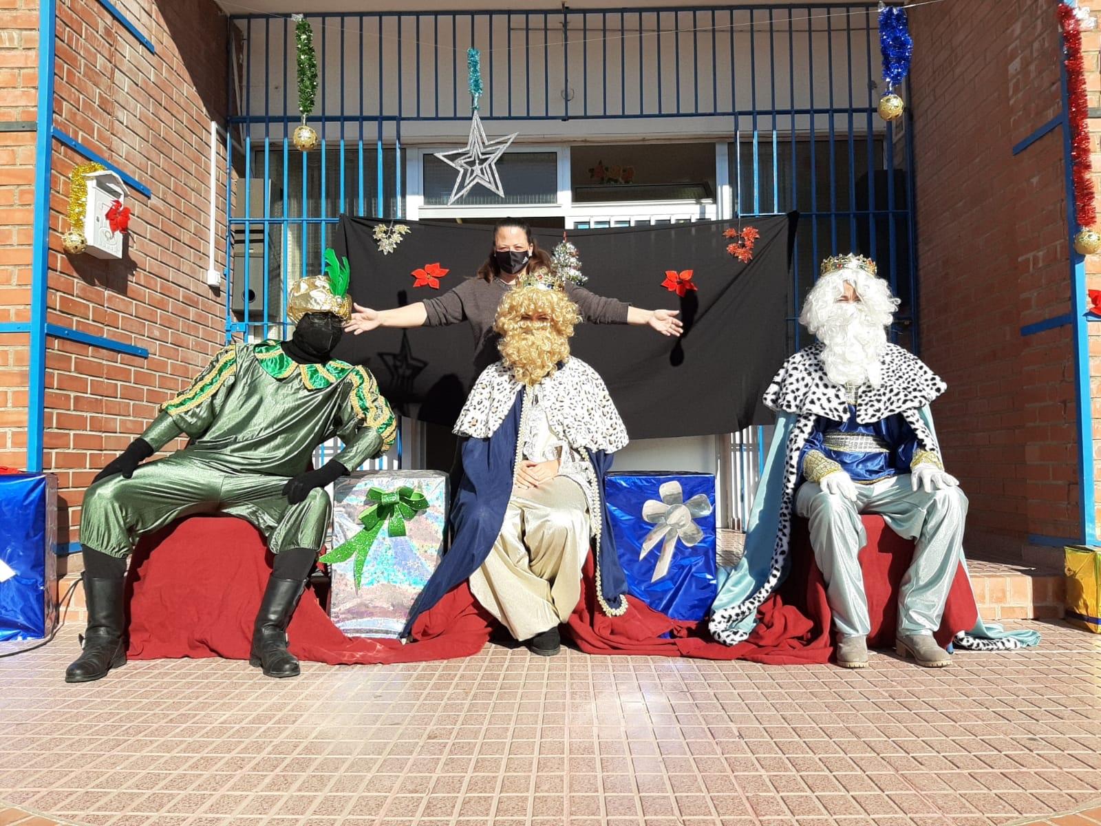 Los Reyes Magos visitan nuestro cole